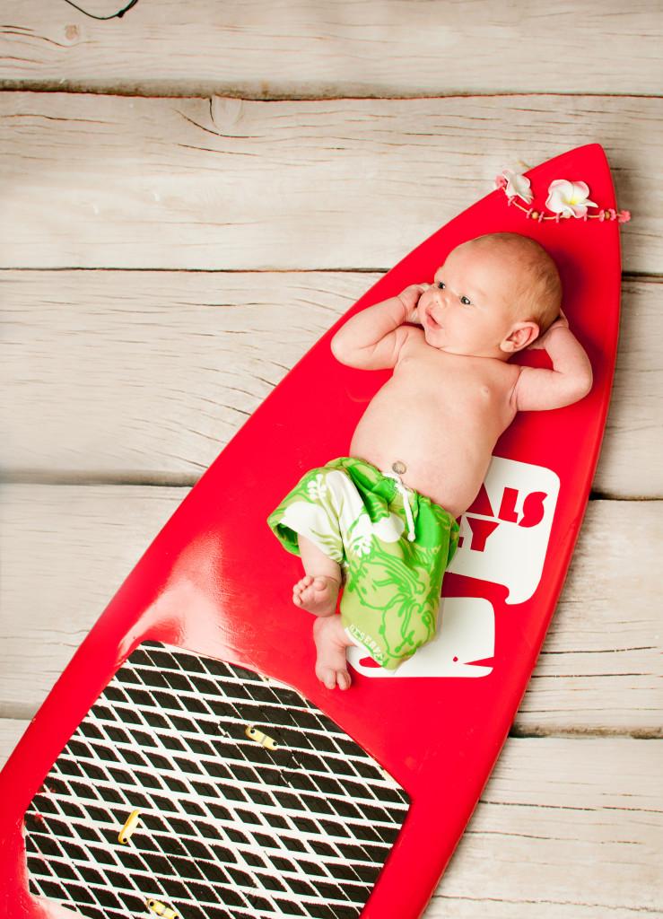 fotografia_dziecięca, Poznań_fotografia _niemowląt, sesje niemowlęce w poznaniu, mały surfer, mały_surfer, sesje noworodkowe w Poznaniu, sesja noworodkowa mały surfer, kasia sztompka fotografia