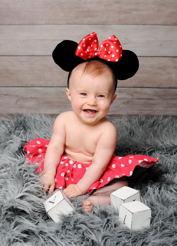 śliczne zdjęcia niemowląt poznań, sesja niemowlęca dziewczynki, fotografia dziecięca poznań, w poznaniu (5)