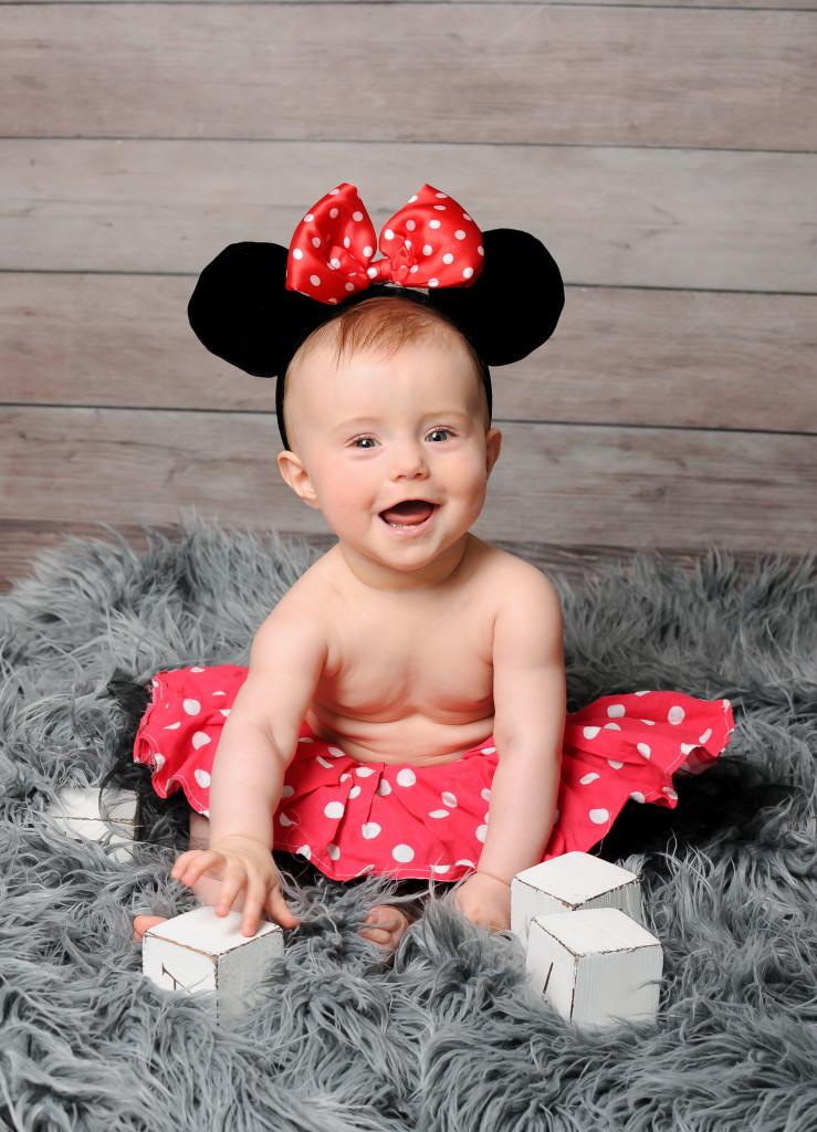śliczne zdjęcia niemowląt poznań, sesja niemowlęca dziewczynki, fotografia dziecięca poznań, w poznaniu (6)